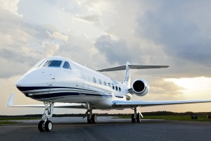 Gulfstream_G550_Ground_2small